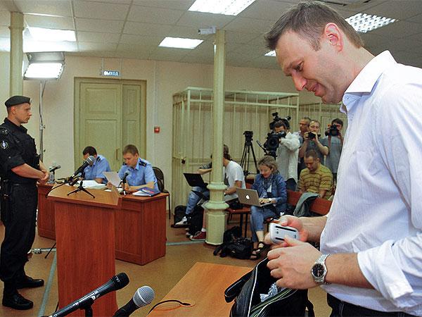 Дело Навального: кому нужны страшные разговоры о...